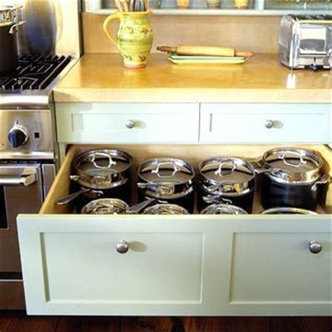 deep kitchen cabinets best 25 kitchen drawers ideas on pinterest space saving