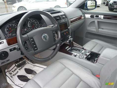 volkswagen touareg interior 2004 gray interior 2004 volkswagen touareg v8 photo