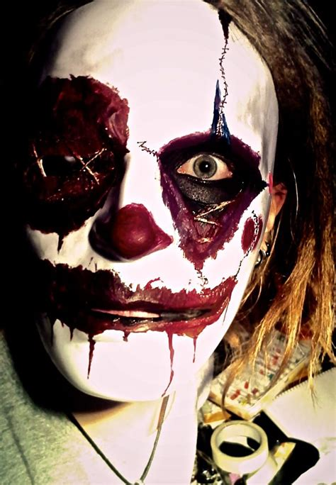 Best 25 Scary Clown Costume by Best 25 Scary Clown Mask Ideas On Clown Mask