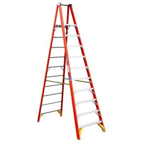 werner 10 ft fiberglass platform step ladder 300 lb load
