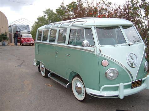 volkswagen minibus view 1963 vw 23 window bus right view braxmeyer vintage