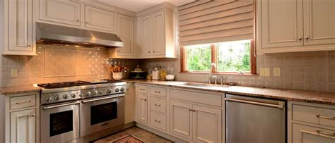 Athens door style in Maple finished in Mushroom with