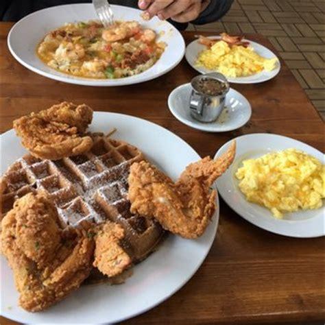 waffle house flat shoals rd nanas chicken n waffles 120 photos 92 reviews breakfast brunch 1040 flat