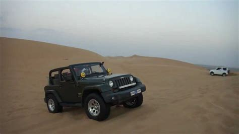 desert jeep jeep wrangler and suzuki jimny in uae desert sawihan