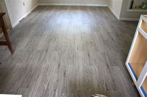wood look linoleum how linoleum that looks like wood can give the impression of real wood home ideas collection