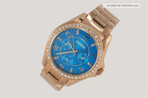 Guess Uhren Damen Gold 1967 by Guess Uhren Damen Gold Guess Uhr Uhren Damenuhr W0580l1