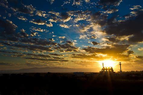 gambar matahari terbit  gratis