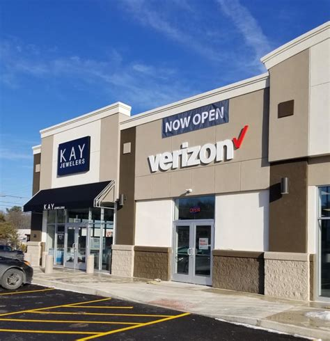tenants settling in at new cranberry twp shopping center