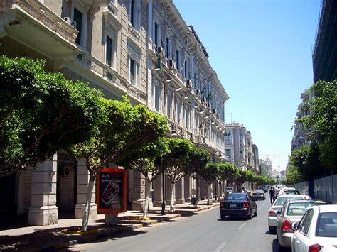 consolato tunisia a attacco al consolato tunisino 10 rapiti a tripoli