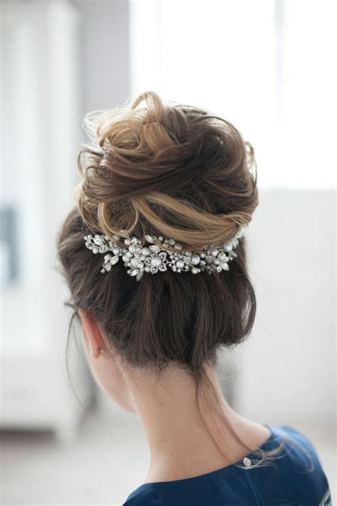 high bun updo wedding 17 best ideas about high updo on pinterest high updo