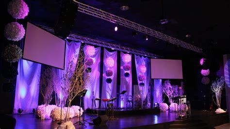 Winter Wedding Stage Design idea minus the drum kit
