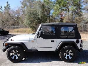 2005 Jeep Wrangler Tires 2005 Jeep Wrangler Se 4x4 Custom Wheels Photos Gtcarlot