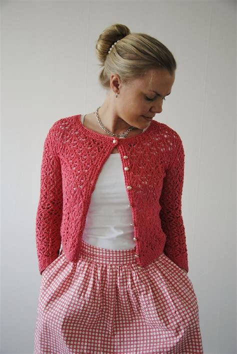 cardigan pattern dk yarn surry hills cardigan by maria magnusson is knitted in dk