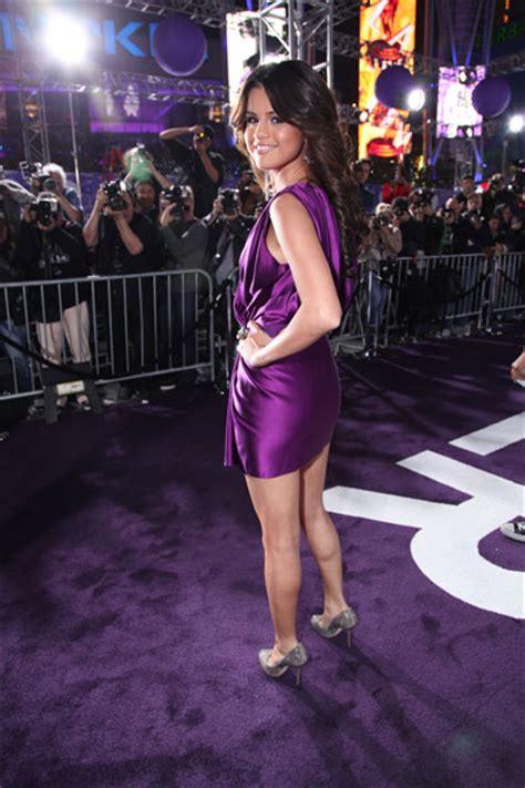 selena gomez wore purple justin s favorite color