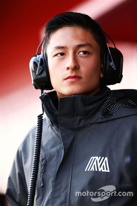 Jaket F1 Manor Racing Team haryanto manor racing at barcelona february testing