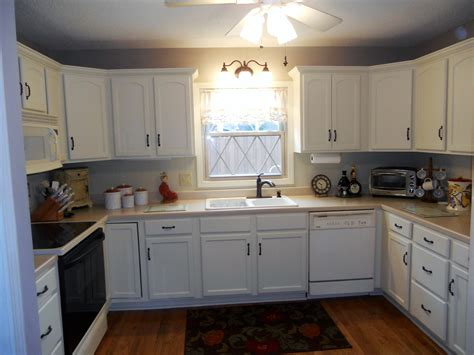 Painted Antique White Kitchen Cabinets To Paint Antique How To Paint My Kitchen Cabinets White