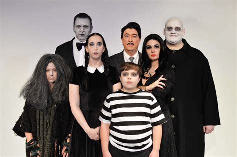 addams family halloween costume ideas for kids and for the whole family