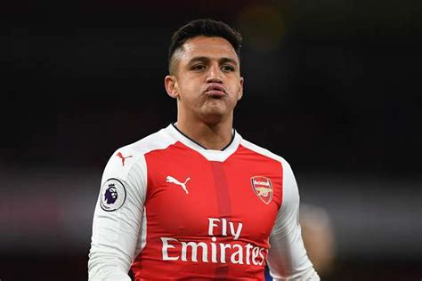 alexis sanchez future arsenal forward alexis sanchez says he is clear on his future