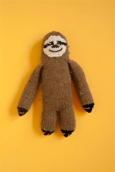 knitted sloth i ve been so lately sorry