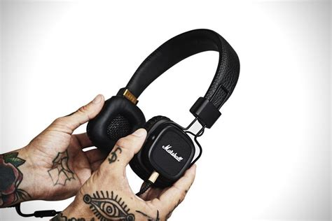 Marshall Major 2 On Ear Headphones Hitam marshall major ii black headphones hiconsumption