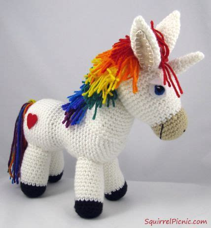 crochet pattern free unicorn rainbow unicorn style and patterns on pinterest