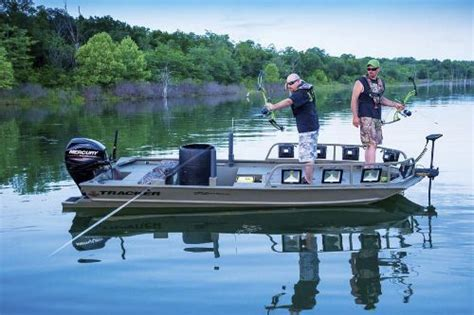 ams bowfishing boat lights 27 best bow fishing images on pinterest