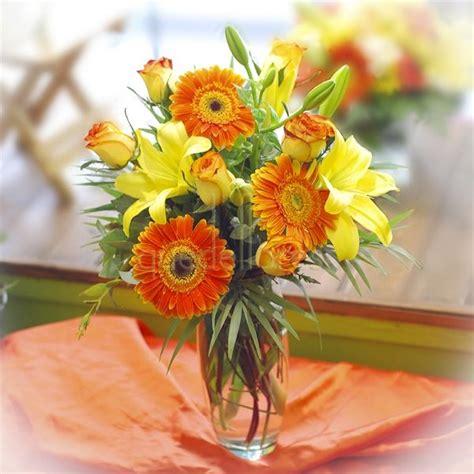 imagenes de rosas en jarrones jarrones de flores para el verano
