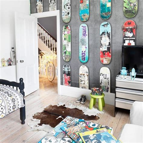 skateboard bedroom ideas 25 best ideas about skateboard decor on pinterest skateboard shelves skateboard bedroom and