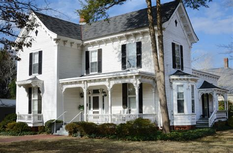should i buy an old house is an historic home worth the upgrade should i buy an old