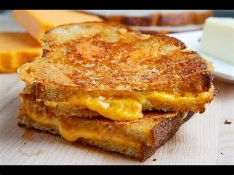 chelsea peretti one of the greats transcript serious munchies cheesy texas toast grilled cheese