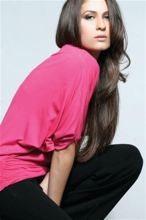 nestea commercial model hot seat nausheen shah biography pakistani hot model pictures