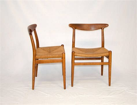 Hans Wegner Dining Chair Set Of Eight Hans Wegner Dining Chairs Model W2 By C M Madsens At 1stdibs