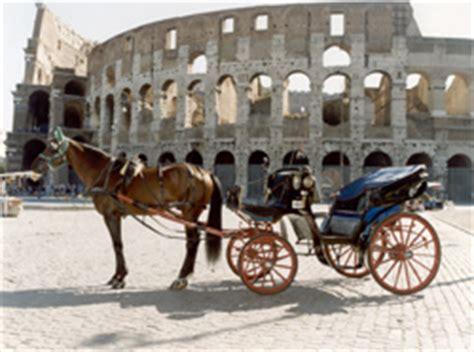 carrozza romana dalle bighe alle botticelle il triste destino dei cavalli