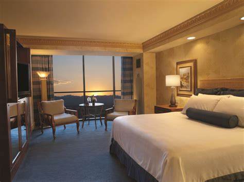 Rooms At The Luxor Pyramid by 10 Best Images About Relux In Our Rooms On We Living Rooms And The O Jays