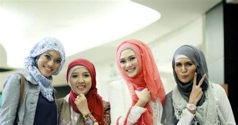 Baju Pesta Hijabers Community search results for hijabers style terbaru calendar 2015