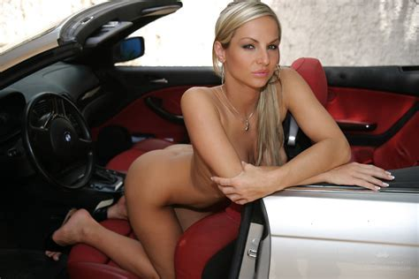 Glamour Nude Babe Driving Bmw Pichunter