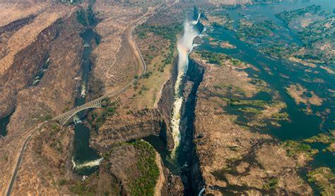 zimbabwe drought sees people animals  tourist