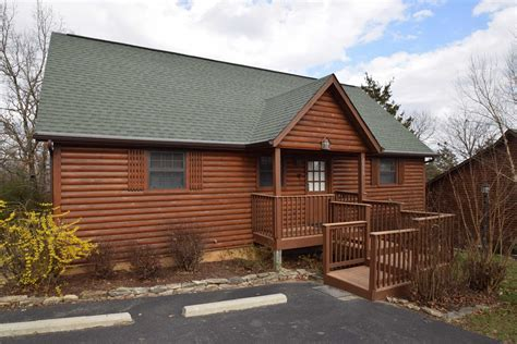 Pet Friendly Cabins Branson Mo by Branson Woods Luxury 2 Bedroom Pet Friendly Cabin With