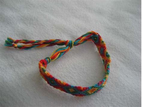 tutorial friendship bracelets net