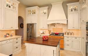 French White Kitchen Cabinets by What You Should To Know About French Country Kitchen