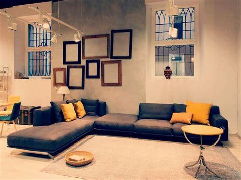 cuscini per divano grigio 17 migliori idee su cuscini per divano su