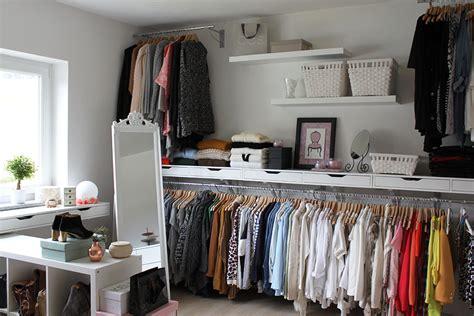 Kleiderstange Wandmontage Ikea by Homestory Mein Ankleideraum Interior Inspiration