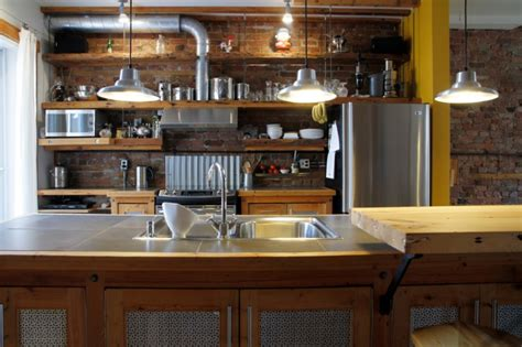 How To Display Stainless Steel Pots