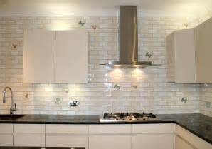 White Kitchen Backsplash Tile by Diy White Glass Tile Backsplash