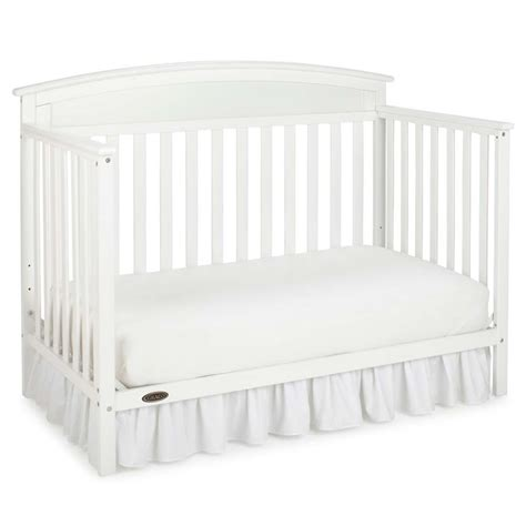 Graco Convertible Crib White Graco Benton 5 In 1 Convertible Crib In White 04530 211