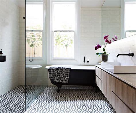 bell bathroom tiles pift badev 230 relset op med smukke gulvfliser