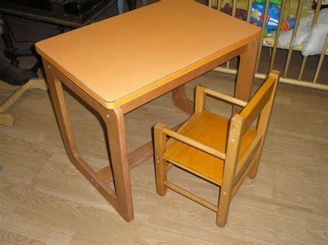 alin饌 bureau enfant petit bureau pour enfant et sa chaise d 233 c aline