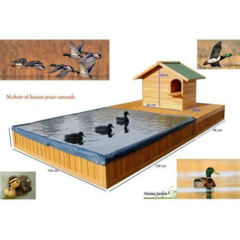 Délicieux Petit Jardin Avec Bassin #5: abri-pour-canard-avec-bassin-special-canard-maison-canard-pas-cher.jpg