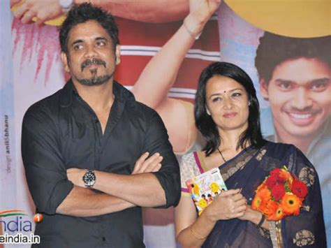 actress amala and nagarjuna wedding photos amala akkineni set to follow husband nagarjuna s footsteps
