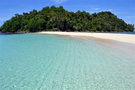 natural beauty saronde island gorontalo top